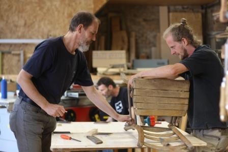 Tischlerkurs Sessel reparieren